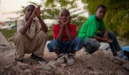 Twa Timoun | Three Kids | Drei Kinder